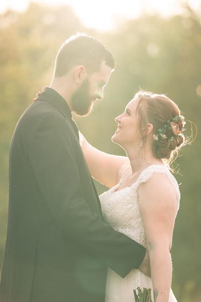 rustic_ohio__fall_barn_wedding-338.jpg