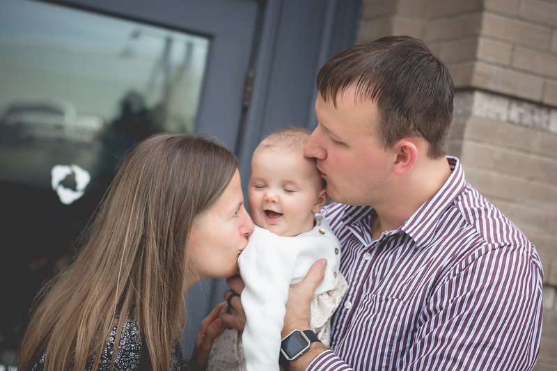 Cici & parents-9347.jpg