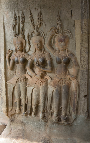 Three women wall carving - Angkor Wat
