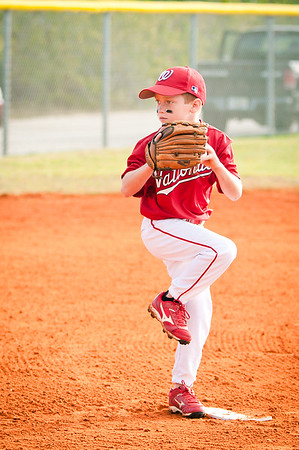 Jack_pitching_1_DSC_6927-2_edited-1.jpg