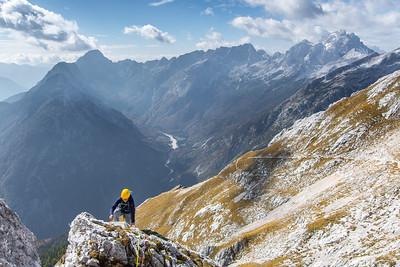 10 08 Tapeta - rock climbing in Prisojnik
