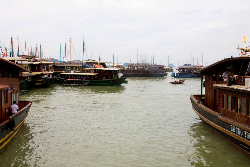 Ha Long Bay day trip