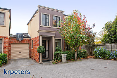 9 at 735 Boronia