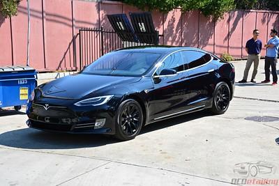2017 Obsidian Black Tesla Model S 75D