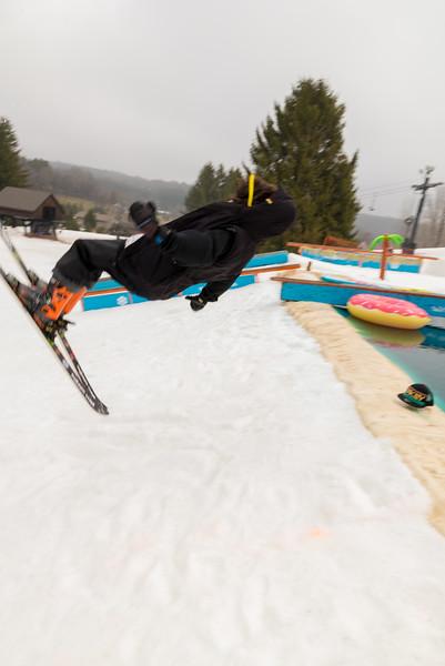 Pool-Party-Jam-2015_Snow-Trails-703.jpg