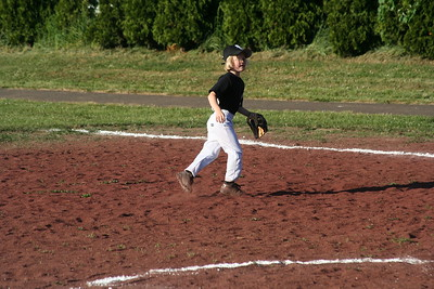 20060516 Sophie T-Ball