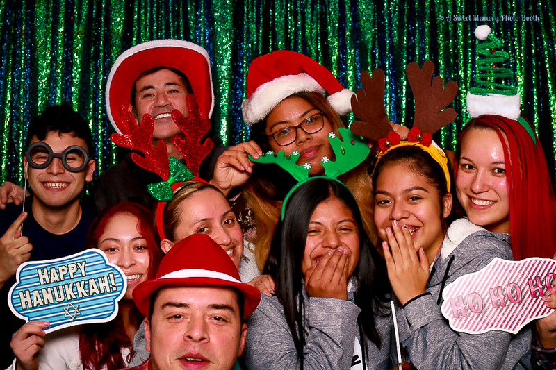 Medtronic Holiday Party -434.jpg