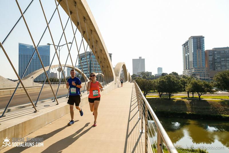 Fort Worth-Social Running_917-0297.jpg