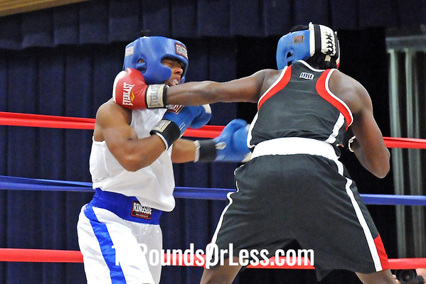 Bout 8 Khalil Sanders, Ellwood City Police Boxing, PA -vs- Isiah Steen, Untouchable BC, Cleveland, 138 lbs