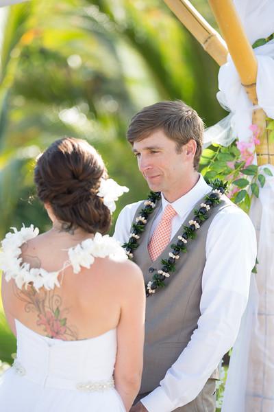 gillin beach kauai wedding-96.jpg