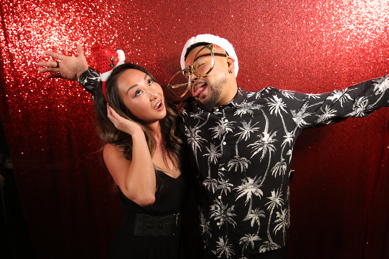 121319_Dynata Holiday party_zphotos-0022.JPG