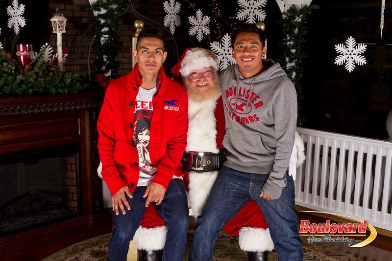 Santa Dec 15-304.jpg