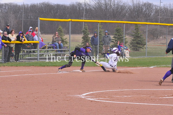 04-10-19 Sports Bluffton @ DC softball