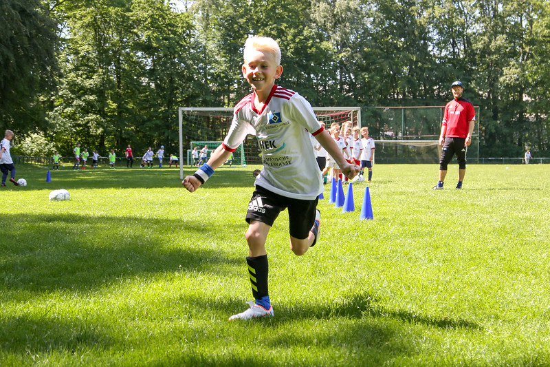 hsv_fussballschule-385_48047955411_o.jpg