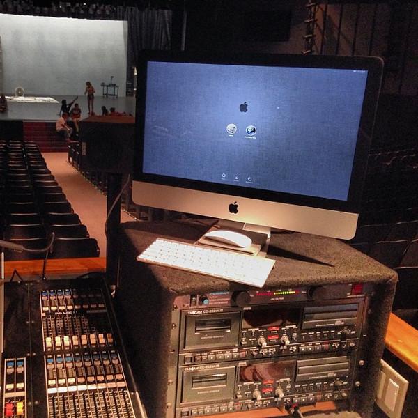 Finally an iMac at FOH via Instagram http://instagram.com/p/flzM92BIf2/