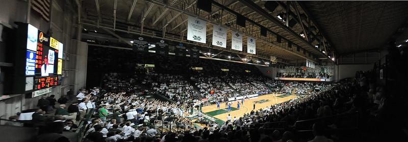 crowd Panorama1.jpg