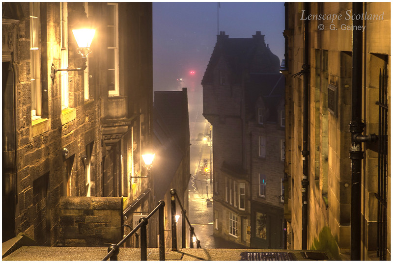 Warriston's Close, early morning