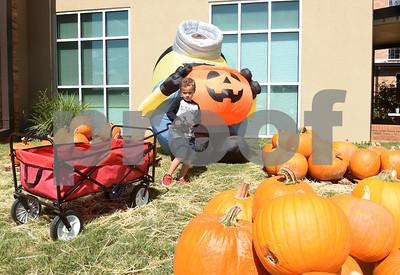 east-texas-churches-serve-community-through-pumpkin-patches