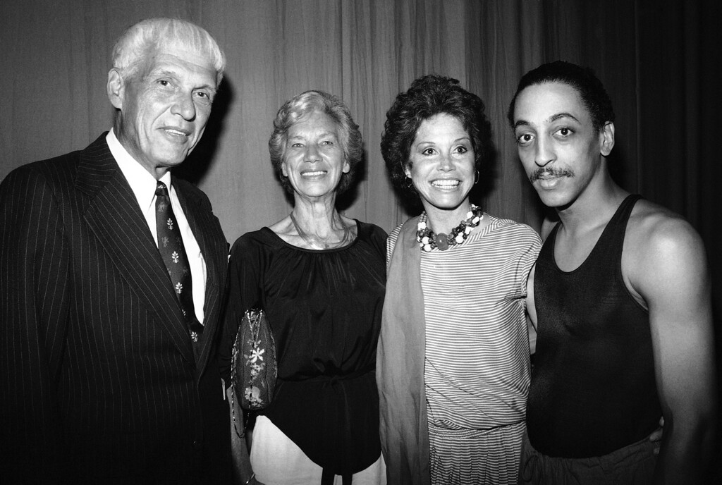 . Actress Mary Tyler Moore, center right, and her parents, Tyler, and Marge Moore, visit backstage with Gregory Hines, one of the stars of Broadway�s �Sophisticated Ladies,� Tuesday, July 8, 1981 in New York. The Moore had attended the show and came backstage to say hello at the Lunt-Fontanne Theater. (AP Photo/Frehm)
