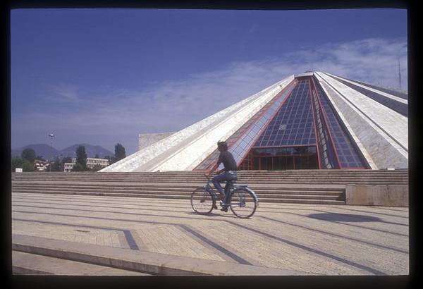 Albania, 1993