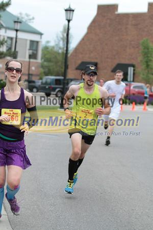 10 Mile & 10K at 5.5 miles, Gallery 1 - 2013 Kona Run