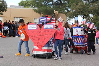 Hilley Elementary Veterans Day Parade