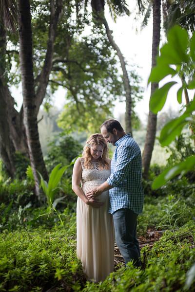 Kauai maternity photography-77.jpg