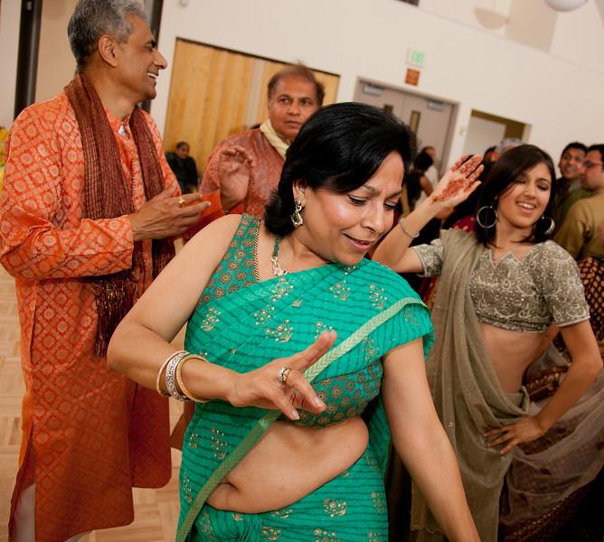 Rachna_Roshan_Sangeet-675.jpg