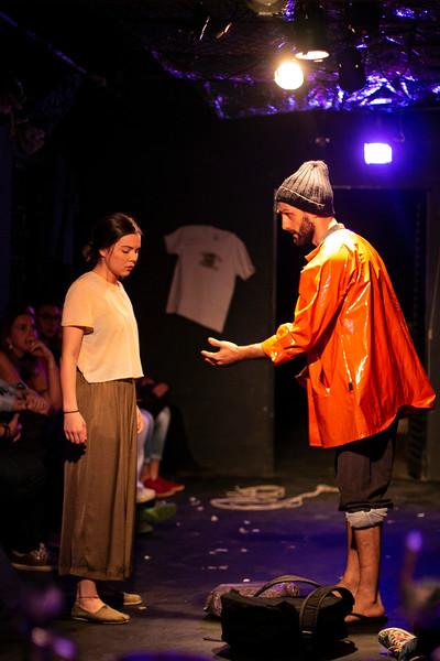 Allan Bravos - Fotografia de Teatro - Indac - Migraaaantes-328.jpg