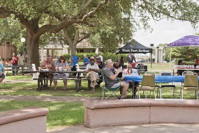 Lunch In The Park 2016