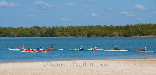 9360 Paddlers in colorful kayaks