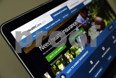 obamacare-signups-quicken-as-final-enrollment-deadline-approaches-in-many-states