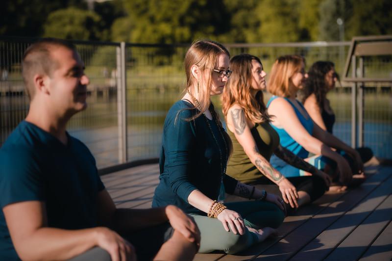 Online Yoga - Lincoln Park Shoot-782.JPG