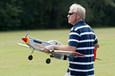 2013-10-19 RC Planes at Berg Park Fly-in