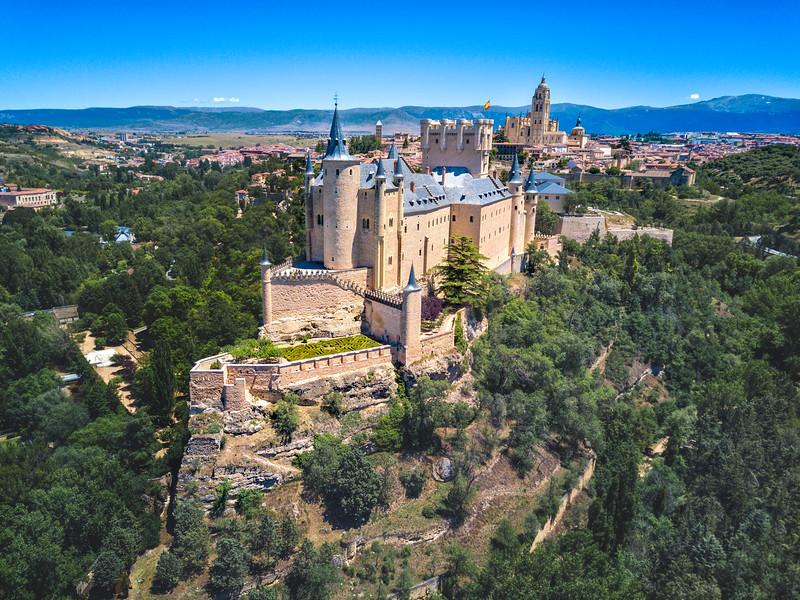 Alcazar-of-Segovia.jpg