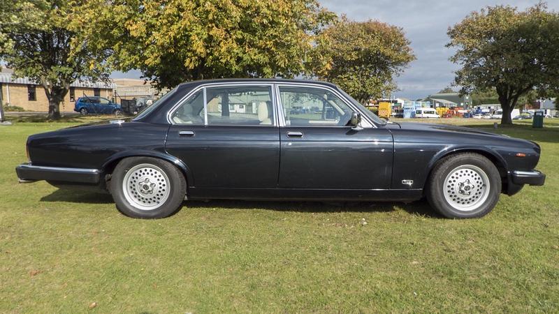 Daimler Double six for sale UAH05.jpg