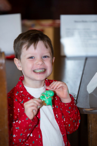 0252 FC Staff & Family Christmas Party-Hird,J.jpg