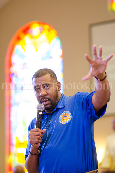 Senior Pastor Xavier L. Thompson