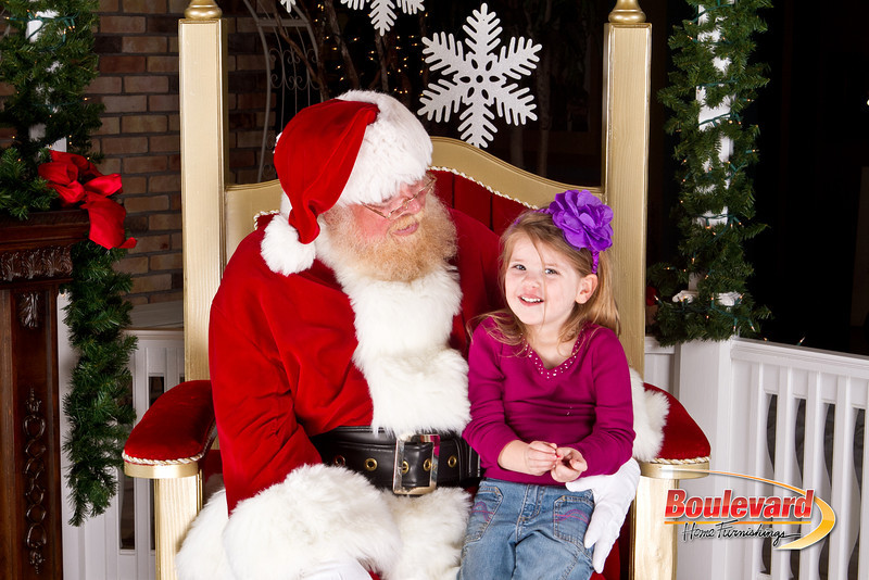 Santa Dec 8-127.jpg