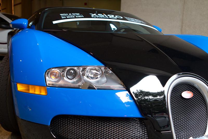 Bugatti Veryon, $1.6 million dollar car, top speed 268mph