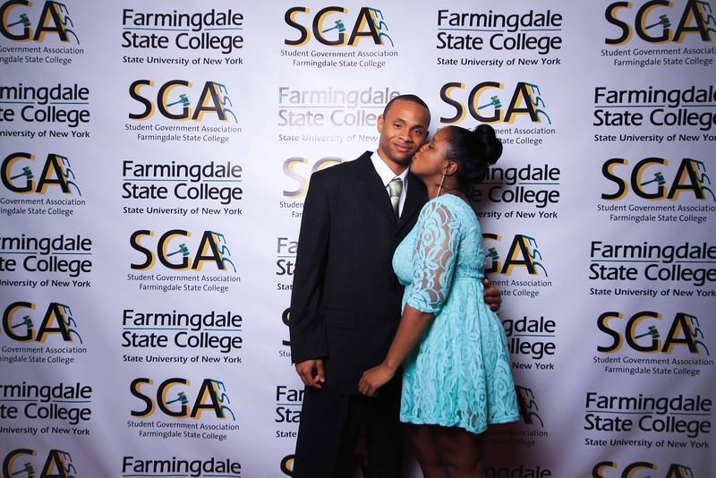 Farmingdale SGA-214.jpg