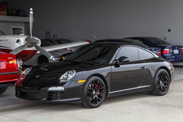 2010 Porsche 911 C2 Black