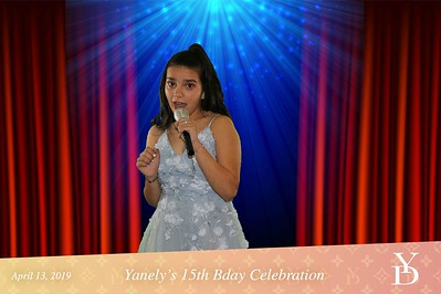 Yanely De La Torriente Quinceañero Celebration