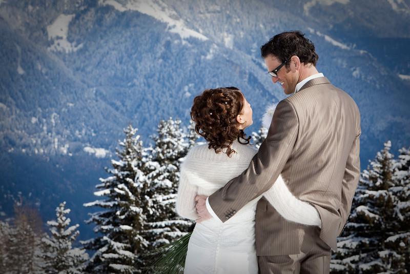 dreampix-Hochzeitsfotograf-Graubuenden-Schneehochzeit.jpg