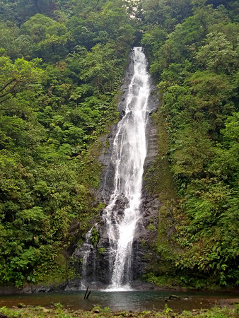 The Promise Waterfall  --  Catarata La Promesa