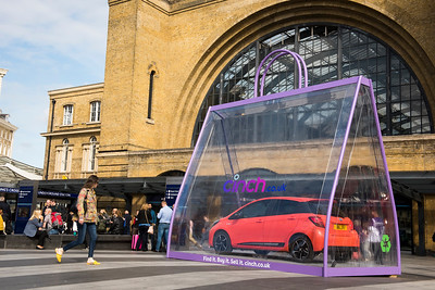 18/9/19 -   cinch.co.uk – car in a giant bag