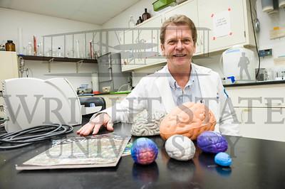 14683 Jim Olsen Neuroscience Outreach 10-20-14