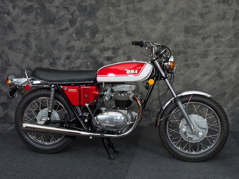 The lovely 1972 BSA A65 Lightning about to be raffled off.