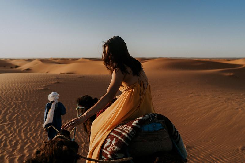 Tu-Nguyen-Destination-Wedding-Photographer-Morocco-Videographer-Sahara-Elopement-302.jpg