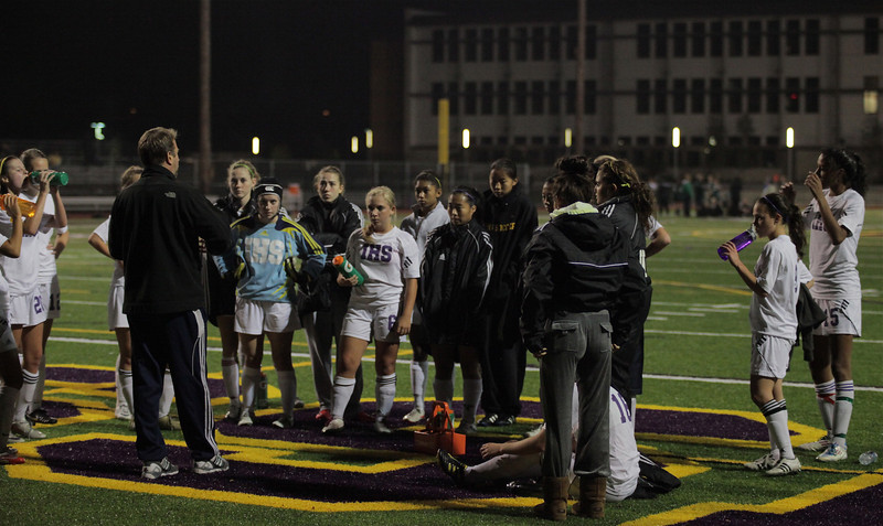 Issaquah at Half-Time, High October 6, 2011   ©Neir